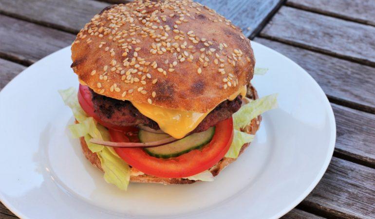 Baka nyttiga hamburgerbröd